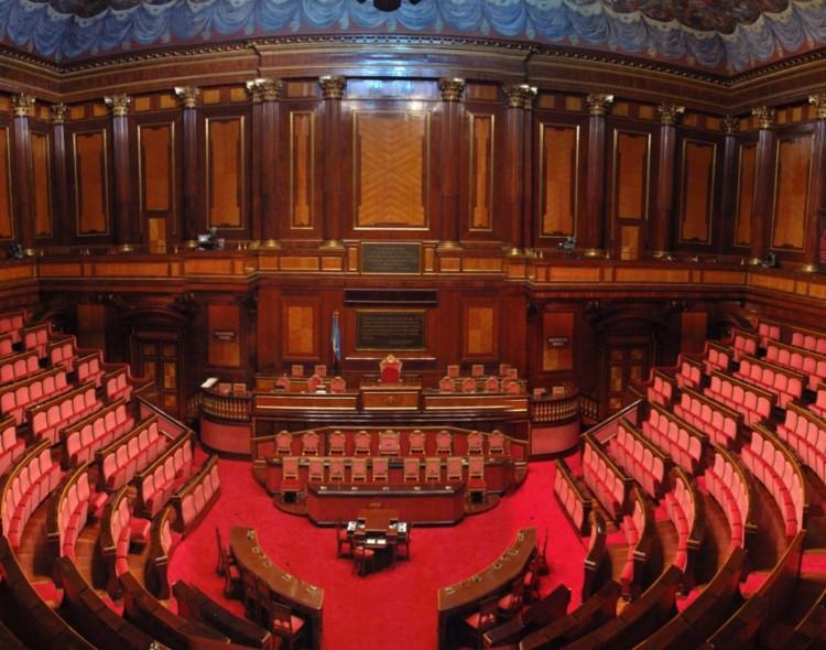Il Senato non si adegua: niente contributo sui vitalizi