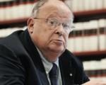 Travi e pagliuzze: pensioni dei giornalisti e vitalizi - di Giuliano Cazzola