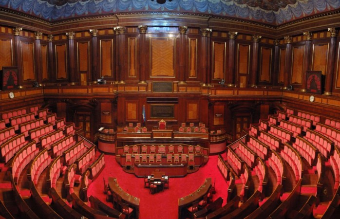 """""""Il Parlamento, ieri, oggi e domani"""" : ultimo numero"""