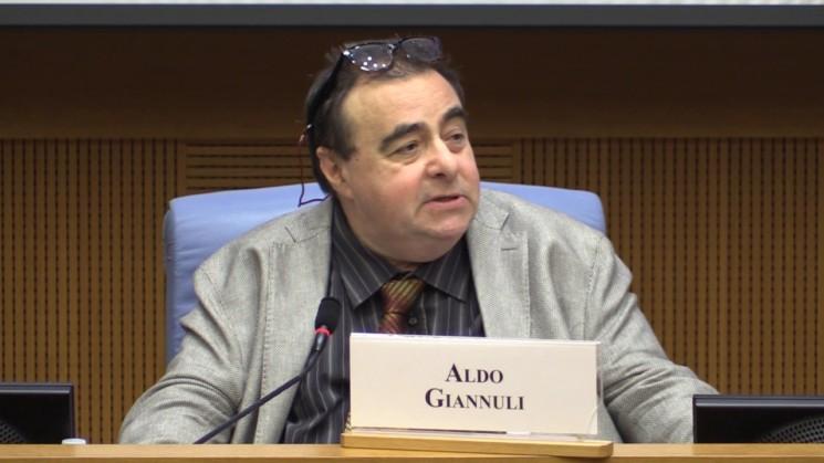 """Aldo Giannuli. """"Effetto domino: vitalizi, pensioni d'oro, pensioni..."""""""