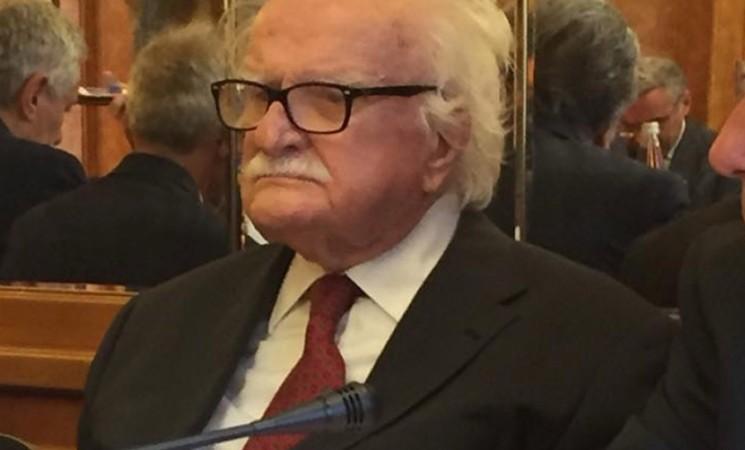 """Parlamentari: dopo la """"mordacchia"""" li """"riducono perché troppi"""" di Mauro Mellini"""